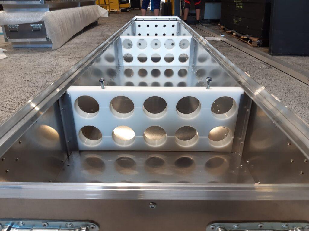 Caisse aluminium aménnagée sur-mesure